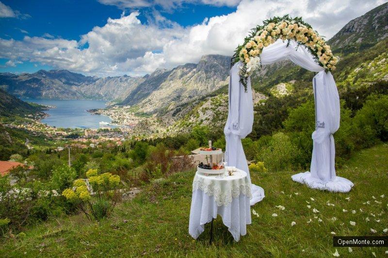 Проживание в Черногории: О Черногории: Особенности настоящей черногорской свадьбы