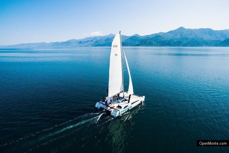 Отдых в Черногории: Прогулки по Скадарскому озеру на скоростном катере Aktiv 605 Open или паруснике Gardemarin 27