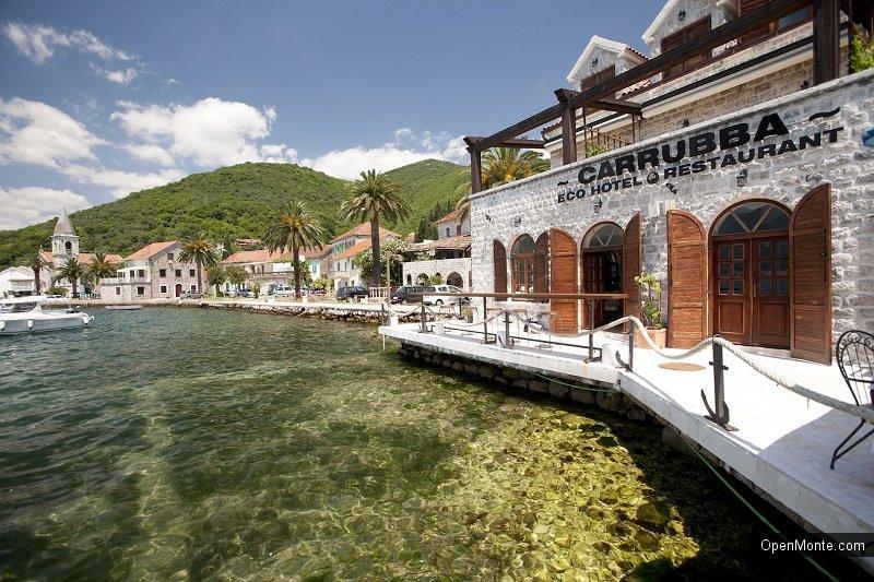 Проживание в Черногории: Restaurant Carrubba: все, что нужно, чтобы зима прошла весело и вкусно