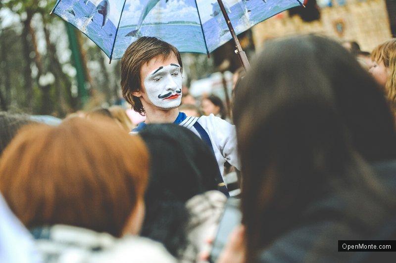 Люди Черногории: Мим Тремпель: Будва, как магнит, притягивает к себе творческих людей