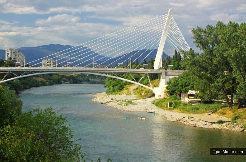Новости Черногории: Воздух в Подгорице загрязняют машины, лесные пожары и дровяные печи