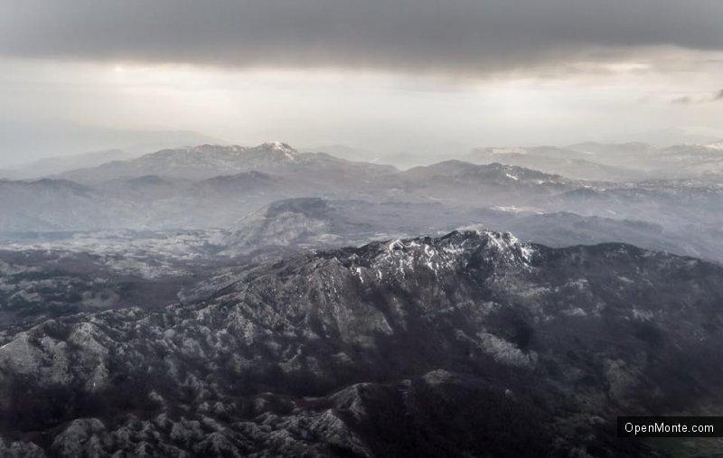 Отдых в Черногории: О Черногории: Вид на Черногорию с самолета: это потрясающе!