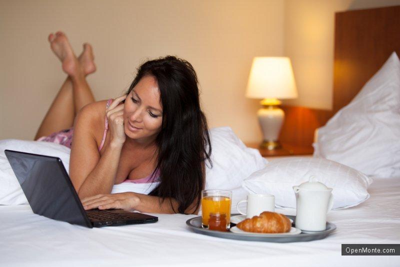 Не только Черногория: В отпуске туристам важнее всего бесплатный Wi-Fi