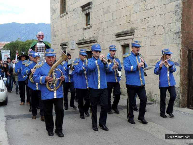 Отдых в Черногории: Карнавал в Прчане (Prcanj): как это было