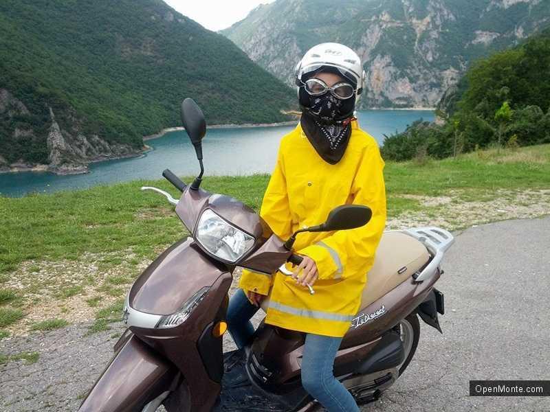 Новости Черногории: Четырнадцатилетняя россиянка совершила мотопробег из Черногории в Сербию