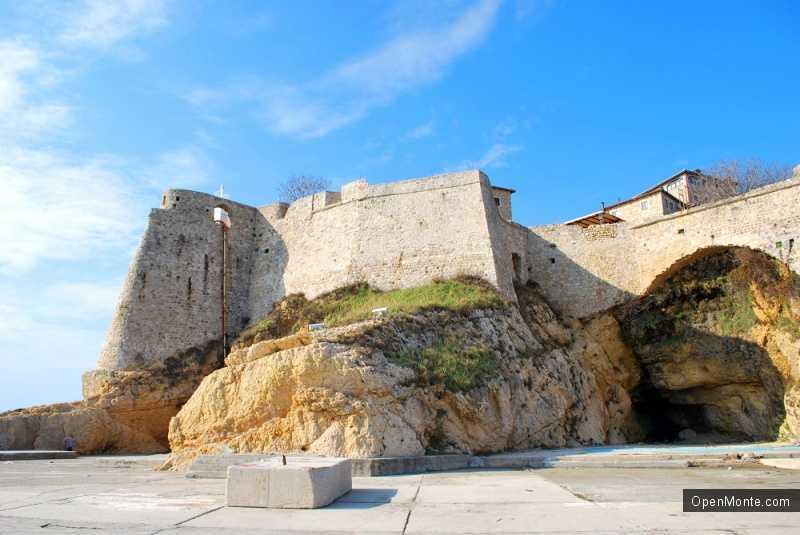 О Черногории: фото - стены города Ульцинь
