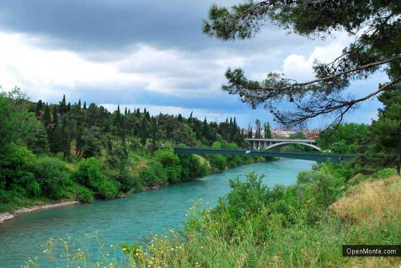 Отдых в Черногории: О Черногории: Погода в Черногории в апреле