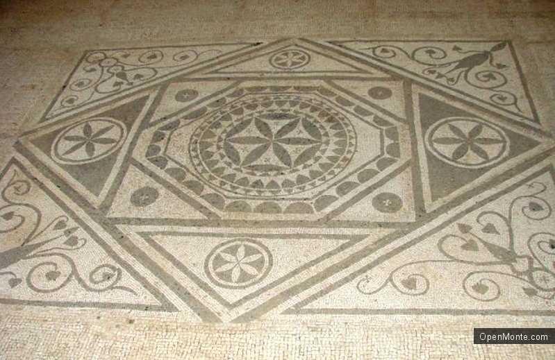 Новости Черногории: Римские мозаики в поселке Мириште погребены под мусором