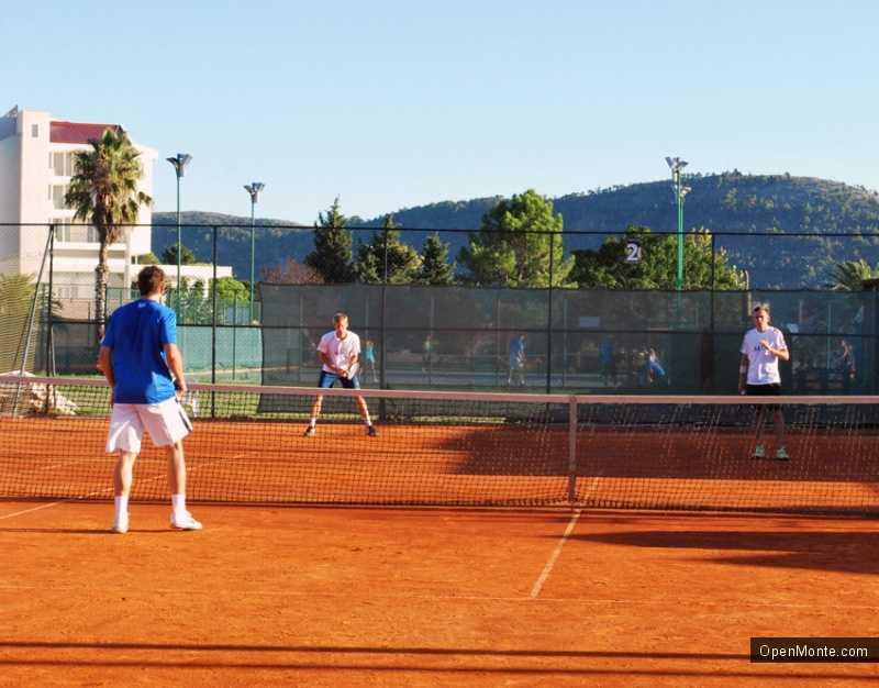 Новости Черногории: У России есть шанс победить в турнире по теннису в Черногории