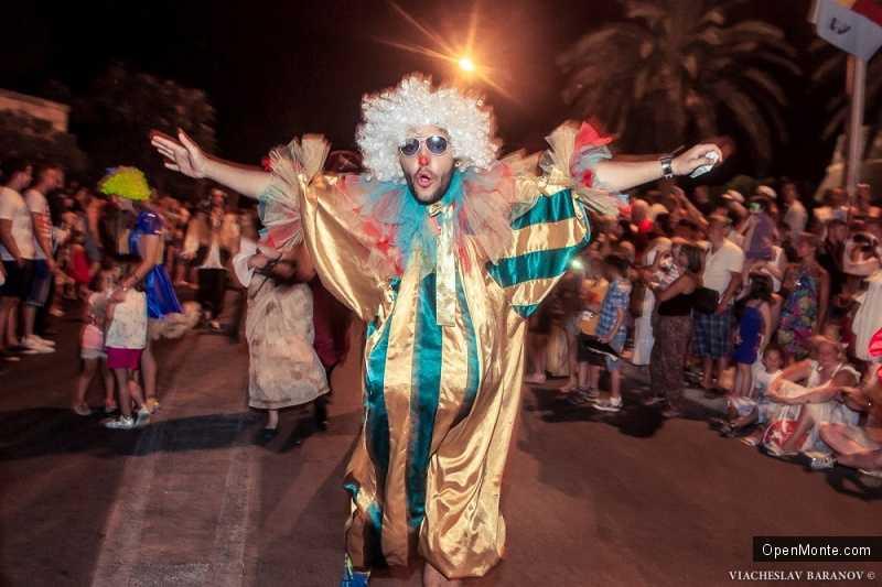 Фото Черногории: В Которе прошел 12-ый Международный летний карнавал