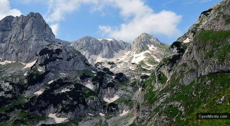 Новости Черногории: Россияне застряли при покорении самой высокой горы в Черногории и провели там 9 часов