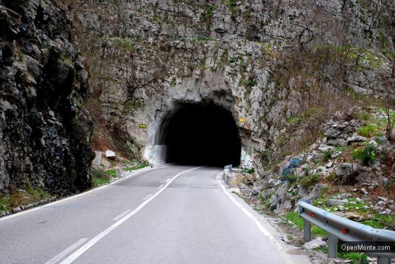О Черногории: Транспорт в Черногории