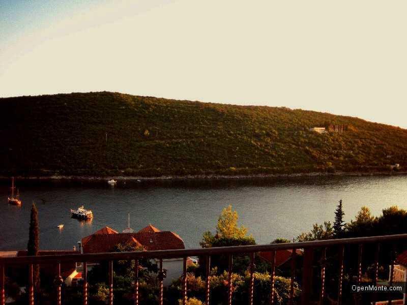 Отдых в Черногории: Поселок Бигово в Черногории