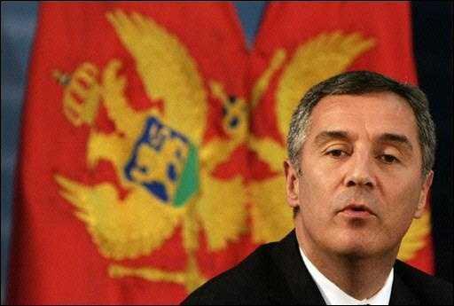 Новости Черногории: Спустя 10 лет: Джуканович собирает чемоданы в Сербию