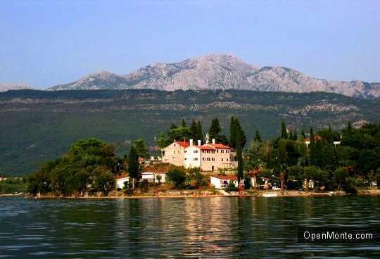О Черногории: остров Цветов в Черногории