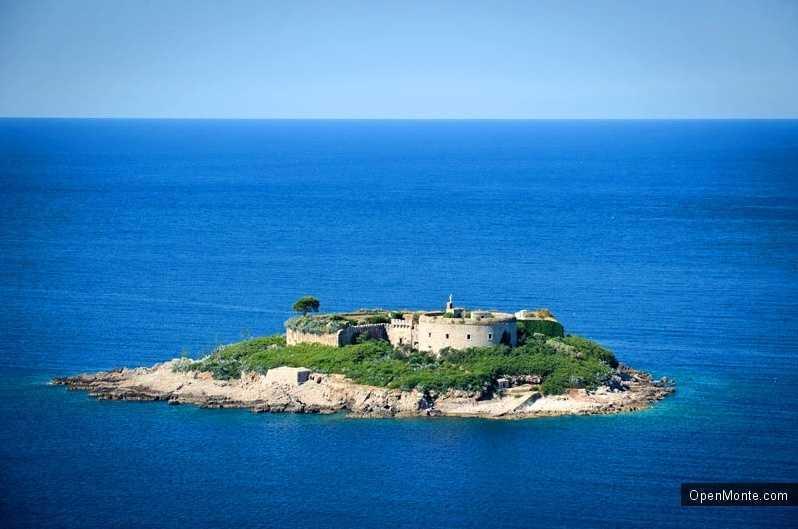 О Черногории: остров Мамула