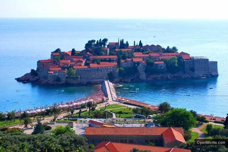 Отдых в Черногории: остров-отель Свети Стефан в Черногории