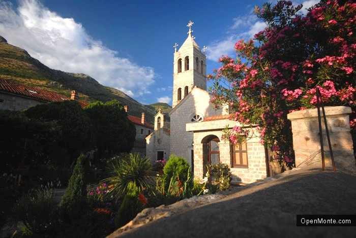 О Черногории: Вероисповедание в Черногории